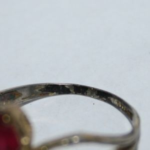 Vintage Jewelry - Beautiful vintage gold and ruby ring 6.5